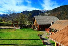 Αυλή σε ένα ορεινό χωριό Στοκ φωτογραφία με δικαίωμα ελεύθερης χρήσης