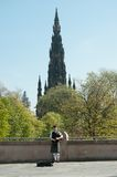 αυλητής του Εδιμβούργου που παίζει τη Σκωτία Στοκ Εικόνα