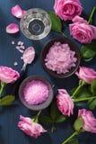 Αυξήθηκε βοτανικό άλας λουλουδιών για τη SPA και aromatherapy Στοκ Φωτογραφία