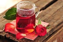 Αυξήθηκε τσάι στοκ φωτογραφία με δικαίωμα ελεύθερης χρήσης