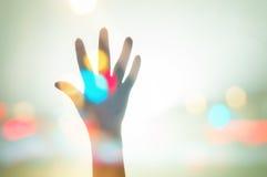 Αυξήστε το υπόβαθρο Bokeh χεριών αυτών Στοκ εικόνα με δικαίωμα ελεύθερης χρήσης