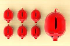 Αυξανόμενη έννοια επένδυσης. Κόκκινες τράπεζες Piggy στη σειρά Στοκ φωτογραφία με δικαίωμα ελεύθερης χρήσης