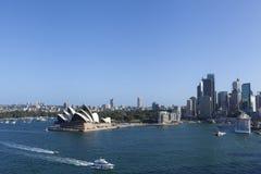 Αυστραλία Σύδνεϋ Η Όπερα του Σίδνεϊ είναι διάσημες τέχνες cente στοκ φωτογραφία με δικαίωμα ελεύθερης χρήσης
