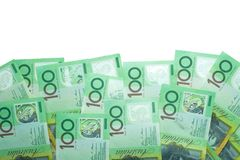 Αυστραλιανό δολάριο, χρήματα της Αυστραλίας σωρός 100 τραπεζογραμματίων δολαρίων στο άσπρο υπόβαθρο Στοκ Εικόνες