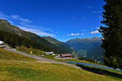 Αυστριακή θαυμάσια εικόνα του Τυρόλου του καλοκαιριού στοκ εικόνα