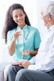 Αυτά τα φάρμακα θα σας κάνουν να αισθανθείτε πολύ καλύτερα στοκ φωτογραφία με δικαίωμα ελεύθερης χρήσης
