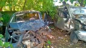 2 αυτοκίνητα μετά από το ατύχημα Στοκ Εικόνες