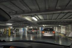 Αυτοκίνητα σε μια γέφυρα οχημάτων Στοκ Φωτογραφία
