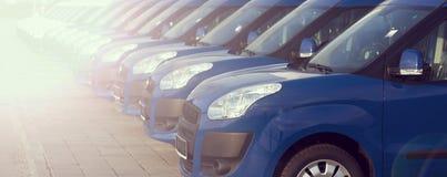 Αυτοκίνητα σε μια σειρά Στοκ φωτογραφία με δικαίωμα ελεύθερης χρήσης