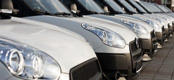 Αυτοκίνητα σε μια σειρά Στοκ Φωτογραφία