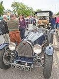 Αυτοκίνητα Bugatti και διάβασης σε Grantown σε Spey Στοκ Φωτογραφίες