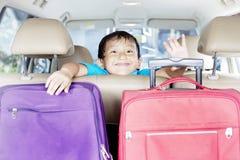 αυτοκίνητο αγοριών χαριτωμένο Στοκ Εικόνες