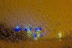 Αυτοκίνητο βροχής παραθύρων πτώσεων νερού Στοκ Εικόνες