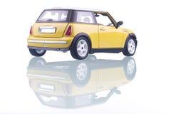 αυτοκίνητο κίτρινο Στοκ Φωτογραφίες