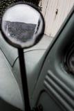 Αυτοκίνητο και βουνό Στοκ Εικόνες