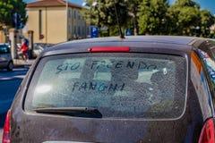 αυτοκίνητο που παίρνει το λουτρό λάσπης Στοκ φωτογραφία με δικαίωμα ελεύθερης χρήσης
