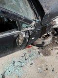 Αυτοκίνητο που συντρίβεται κατά τη διάρκεια του τροχαίου ατυχήματος Στοκ εικόνα με δικαίωμα ελεύθερης χρήσης