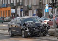 αυτοκίνητο που συντρίβεται Στοκ Εικόνες