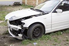αυτοκίνητο που συντρίβεται Στοκ εικόνα με δικαίωμα ελεύθερης χρήσης
