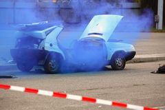 αυτοκίνητο που συντρίβεται Στοκ φωτογραφία με δικαίωμα ελεύθερης χρήσης