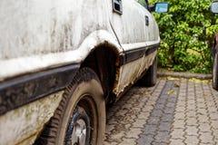 αυτοκίνητο σκουριασμέν&o Στοκ Φωτογραφία