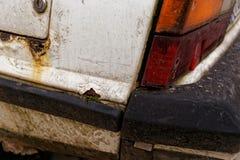 αυτοκίνητο σκουριασμέν&o Στοκ φωτογραφία με δικαίωμα ελεύθερης χρήσης