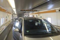 Αυτοκίνητο στο τραίνο σηράγγων καναλιών από τα calais στο folkestone στοκ εικόνα με δικαίωμα ελεύθερης χρήσης