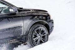 Αυτοκίνητο χειμερινά snowdrifts Στοκ εικόνες με δικαίωμα ελεύθερης χρήσης