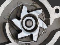 αυτοκίνητο ψαλίδισμα απομονωμένο λευκό ύδατος αντλιών μονοπατιών Στοκ φωτογραφίες με δικαίωμα ελεύθερης χρήσης