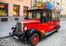 Αυτοκίνητο δώρων Στοκ φωτογραφία με δικαίωμα ελεύθερης χρήσης