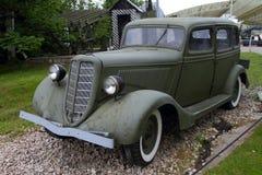 Αυτοκίνητο gaz-μ 1 ΕΣΣΔ με τη δικαιολογία της έκθεσης εξοπλισμού στη νίκη Στοκ φωτογραφία με δικαίωμα ελεύθερης χρήσης