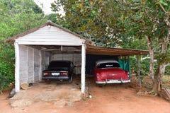 Αυτοκίνητο Lada - κοιλάδα Vinales, Κούβα Στοκ φωτογραφία με δικαίωμα ελεύθερης χρήσης