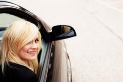 αυτοκινητικός ξανθός επιβάτης αρκετά Στοκ Εικόνα