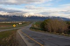 Αυτοκινητόδρομος στο ηλιοβασίλεμα στοκ εικόνα