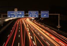 Αυτοκινητόδρομος τη νύχτα στοκ εικόνες