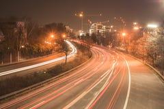 Αυτοκινητόδρομος τη νύχτα στοκ εικόνα με δικαίωμα ελεύθερης χρήσης