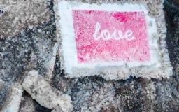 Αυτοκόλλητη ετικέττα αγάπης Fozen με τα κρύσταλλα πάγου Στοκ εικόνα με δικαίωμα ελεύθερης χρήσης