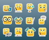 Αυτοκόλλητες ετικέττες σχολικού χαμόγελου καθορισμένες ελεύθερη απεικόνιση δικαιώματος