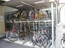Αυτοματοποιημένη δυνατότητα χώρων στάθμευσης ποδηλάτων Στοκ Φωτογραφίες