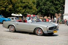 αυτόματη Mercedes παγόδα του 1967 250sl w113 στοκ εικόνες