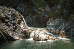 Καταρράκτης στο βουνό στοκ φωτογραφίες με δικαίωμα ελεύθερης χρήσης