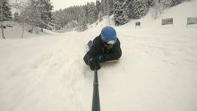 Αυτό που είναι Powdersurfing Σε αργή κίνηση βίντεο FullHD από τη κάμερα GoPro δράσης απόθεμα βίντεο