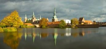 Αυλάκωση του Frederiksborg στοκ φωτογραφίες με δικαίωμα ελεύθερης χρήσης