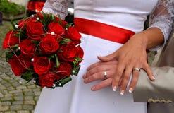 Αφή Newlyweds Στοκ φωτογραφία με δικαίωμα ελεύθερης χρήσης