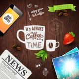 Αφίσα διαφήμισης καφέ ασφαλίστρου Σχέδιο τυπογραφίας σε έναν ξύλινο Στοκ φωτογραφία με δικαίωμα ελεύθερης χρήσης