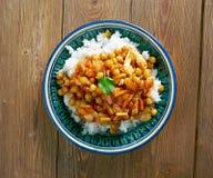 Αφγανικό πιάτο με το κοτόπουλο, chickpeas Στοκ Εικόνα