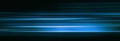 Αφηρημένα μπλε ελαφριά ίχνη στο σκοτάδι, επίδραση θαμπάδων κινήσεων στοκ φωτογραφία με δικαίωμα ελεύθερης χρήσης