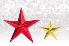 αφηρημένα Χριστούγεννα ανασκόπησης Κόκκινο και χρυσό αστέρι Στοκ φωτογραφίες με δικαίωμα ελεύθερης χρήσης