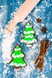 Αφηρημένα Χριστούγεννα και νέο υπόβαθρο έτους με το παλαιό εκλεκτής ποιότητας ξύλο Στοκ Φωτογραφία