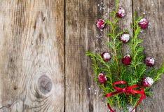 Αφηρημένα Χριστούγεννα και νέο υπόβαθρο έτους με το παλαιό εκλεκτής ποιότητας ξύλο Στοκ Εικόνες